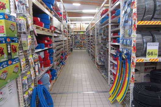 Rayonnage magasin bricolage Occasion